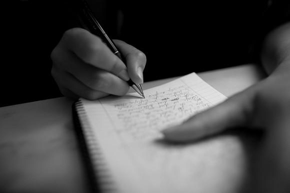 英会話を英語でノートにメモする時の8つのコツ