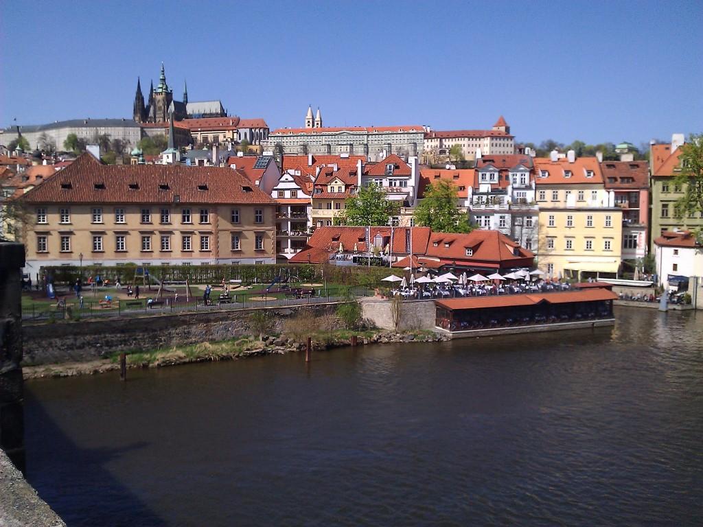チェコ・プラハ観光で旅行前に知るべき8つのポイント