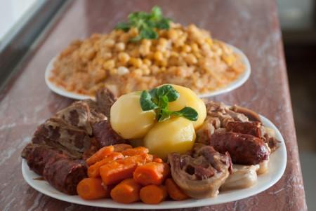 現地で絶対食べたいおすすめスペイン料理10選!コシード