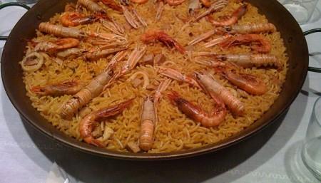 現地で絶対食べたいおすすめスペイン料理10選!フィデウア