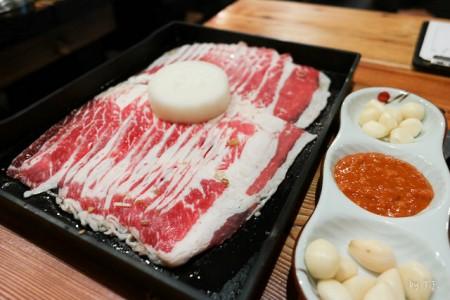 現地で絶対食べたいおすすめ韓国料理10選!カルビ