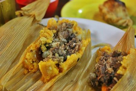 現地で絶対食べたいおすすめメキシコ料理10選!タマル