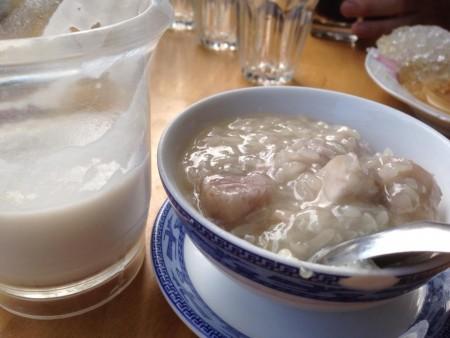 現地で絶対食べたいおすすめベトナム料理10選!チェ