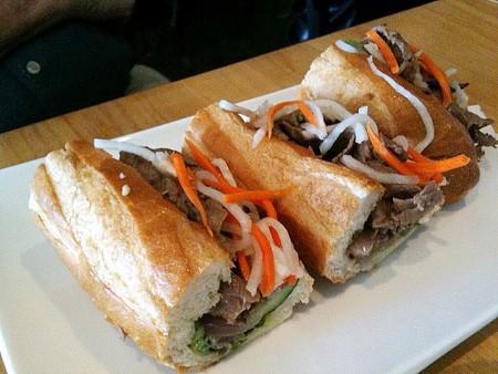 現地で絶対食べたいおすすめベトナム料理10選!バインミー
