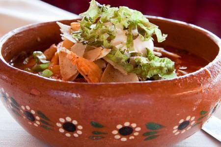 現地で絶対食べたいおすすめメキシコ料理10選!ポソレ