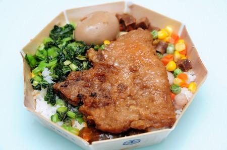 現地で絶対食べたいおすすめ台湾料理10選!排骨飯