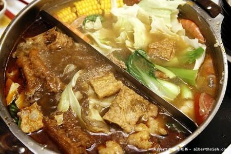 現地で絶対食べたいおすすめ台湾料理10選!鴛鴦火鍋