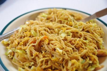 現地で絶対食べたいおすすめネパール料理10選!チャウミン