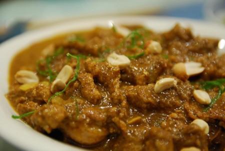 現地で絶対食べたいおすすめミャンマー料理10選!ヒン