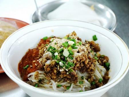 現地で絶対食べたいおすすめミャンマー料理10選!シャン・カウスエ