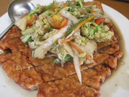 現地で絶対食べたいおすすめミャンマー料理10選!アチョ