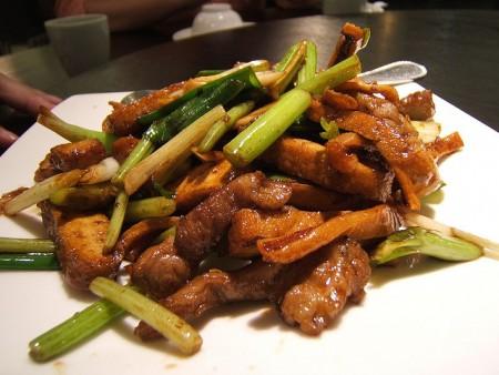 台湾へ行ったら絶対食べたいおすすめ家庭料理10品_客家小炒
