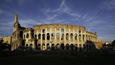 ローマを2〜3日で超満喫できるおすすめ観光スポット10選_コロッセオ