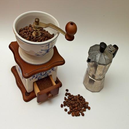 スペインのお土産調査!貰って嬉しい超おすすめ10選_コーヒーメーカー