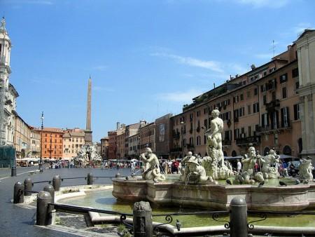 ローマを2〜3日で超満喫できるおすすめ観光スポット10選_ナヴォーナ広場