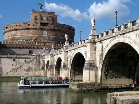ローマを2〜3日で超満喫できるおすすめ観光スポット10選_バチカン市国