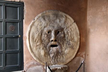 ローマを2〜3日で超満喫できるおすすめ観光スポット10選_真実の口