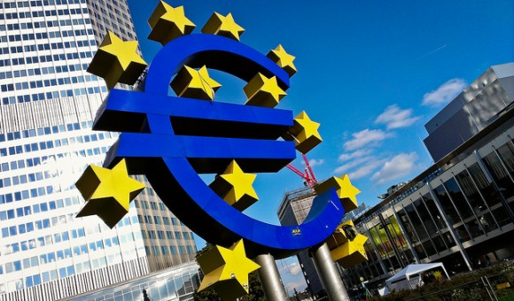 ドイツ通貨を徹底調査!旅行前に知りたい7つのポイント