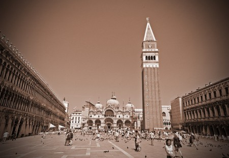 ベネチア観光を超満喫できる!おすすめ9つのポイント_サンマルコ広場