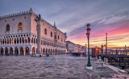ベネチア観光を超満喫できる!おすすめ9つのポイント_ドゥカーレ宮殿