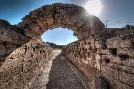 ギリシャへ行ったら絶対行くべき超おすすめ観光地10選_オリンピア古代遺跡.