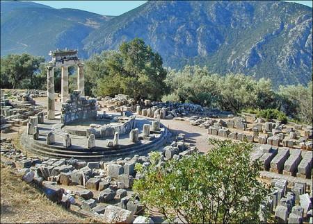 ギリシャへ行ったら絶対行くべき超おすすめ観光地10選_デルフィ