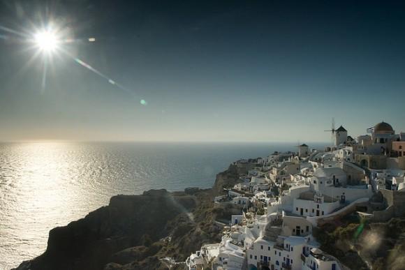 ギリシャのサントリーニ島特集!人々を魅了する8つの理由