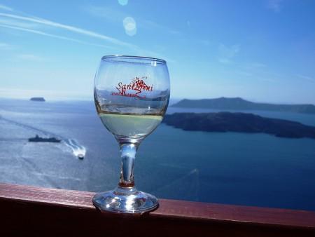 ギリシャのサントリーニ島特集!人々を魅了する8つの理由_ヴィンサントワイン