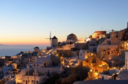 ギリシャのサントリーニ島特集!人々を魅了する8つの理由_夕陽