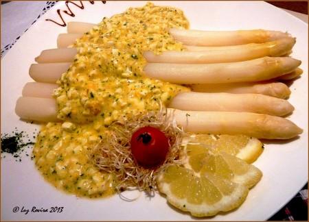 現地で絶対食べたいおすすめベルギー料理10選!ホワイトアスパラガス