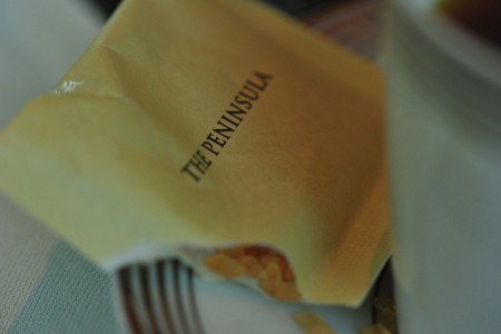 現地で絶対食べたいおすすめ香港料理10選_ペニンシュラのアフターヌーンティー