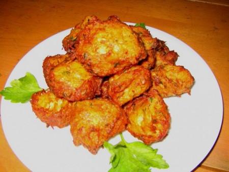 現地で絶対食べたいおすすめポルトガル料理10選!_パステス・デ・バカリャウ
