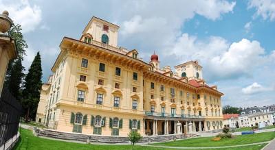 ツアーじゃ行けないオーストリアのマニアック観光10選_エスターハージ宮殿