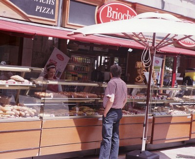 パリ食べ歩きツアー!地元で人気カジュアルレストラン10選_ブリオッシュ・ドレ