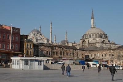 トルコのマニアックな超おすすめ観光スポット10選_Rustem Pasha Mosque