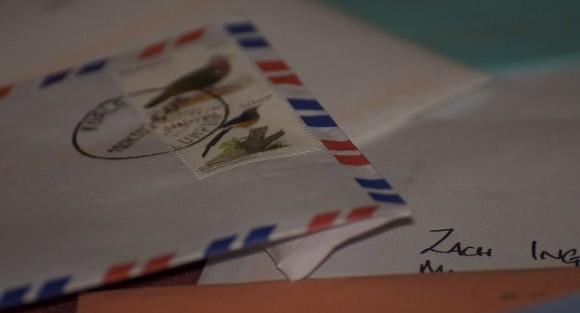 英語の手紙でネイティブが使う自然な書き出しフレーズ80選
