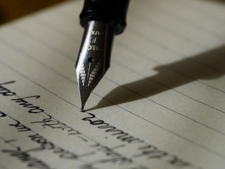 英語の手紙やメールでネイティブが使う自然な書き出し80選!1