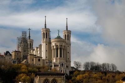 初めてリヨンを観光するときのおすすめスポット8選_フルヴィエ-ル大聖堂