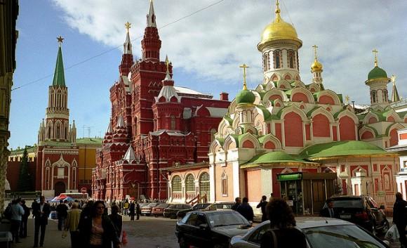 ロシアでショッピングするとき役立つロシア語10選!