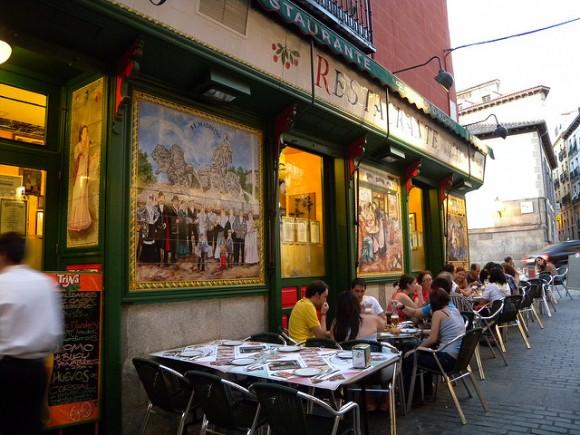 スペインでレストランへ行くとき役立つスペイン語10選