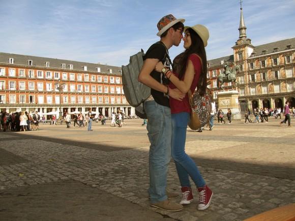 スペインのバレンタインデー事情!情熱の国らしい6つの特徴