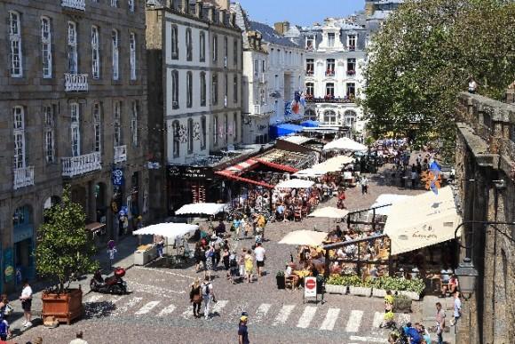 フランスでレストランへ行くとき役立つフランス語10選!