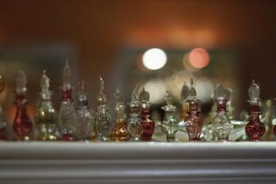 エジプトお土産調査!貰って嬉しい超おすすめ10選 香水瓶