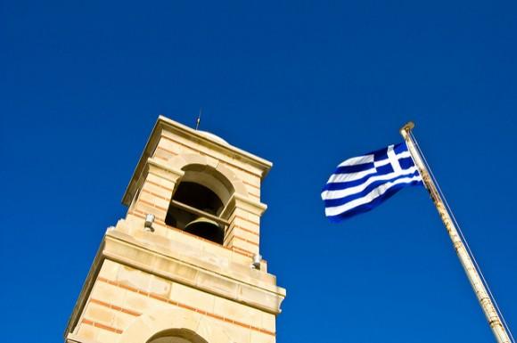 ギリシャ国旗を徹底分析!国旗が持つ6つの秘密とは?