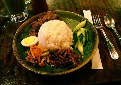 現地で絶対食べたいおすすめマレーシア料理10選!ナシレマッ