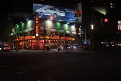 ニューヨークで絶対行きたいおすすめカフェ・レストラン8選! Junior's Restaurant