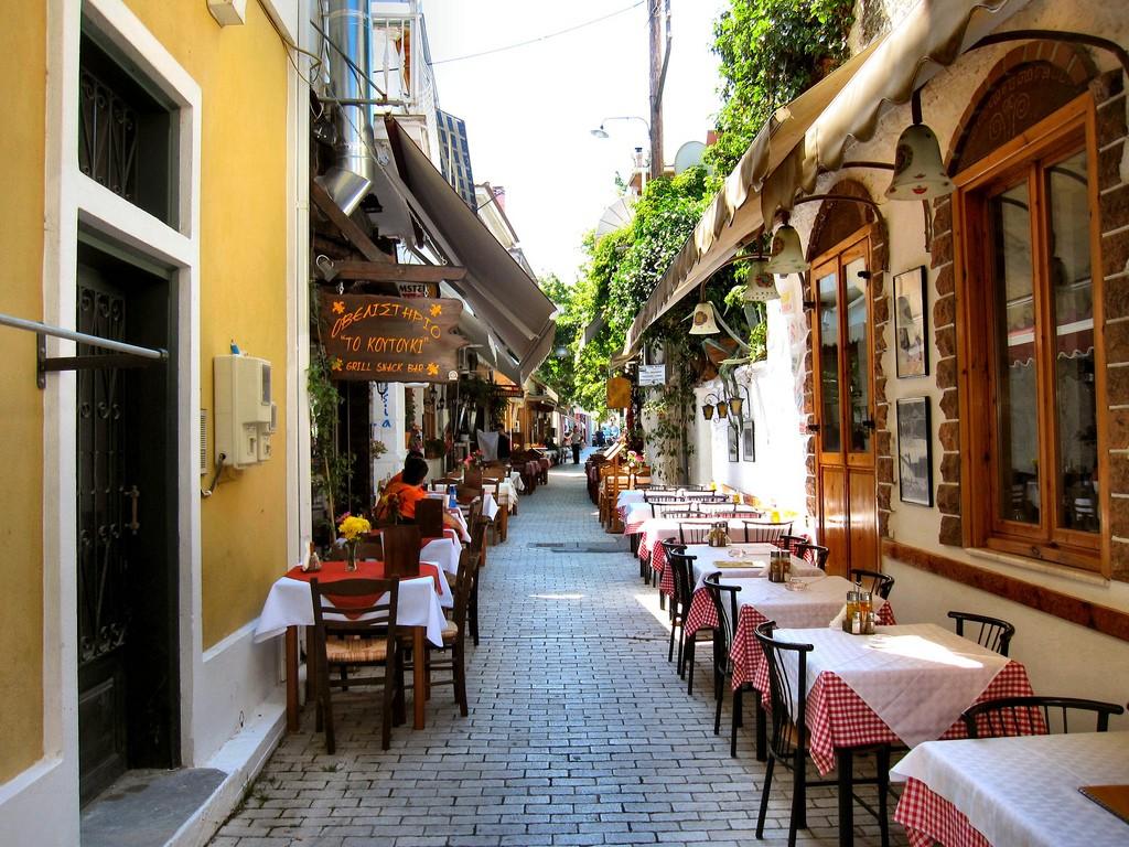 ギリシャでレストランへ行くとき役立つギリシャ語10選!