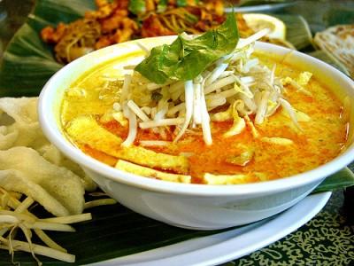 現地で絶対食べたいおすすめマレーシア料理10選!ラクサ