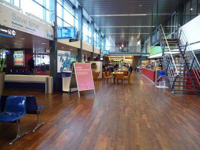 オランダの空港を徹底調査!旅行前に知るべき7つの特徴!ロッテルダム空港ラウンジ