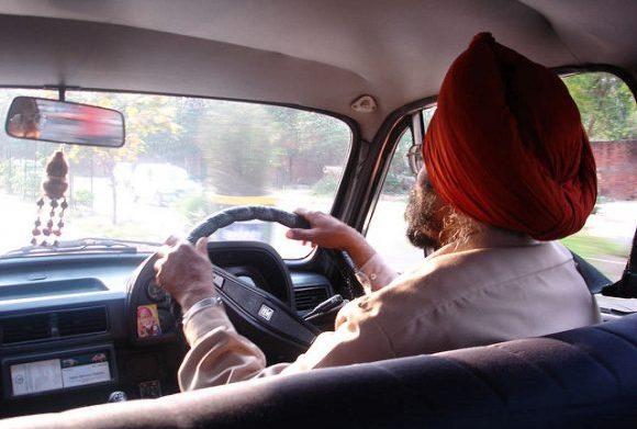 インドのタクシー事情やおすすめ移動手段!旅行前に知るべき7つの事!